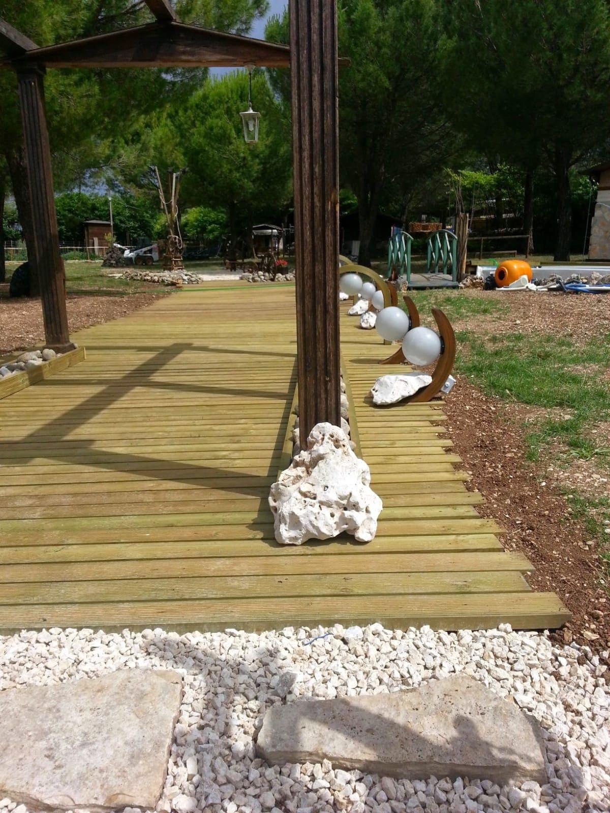 pietre naturali per arredamento esterno