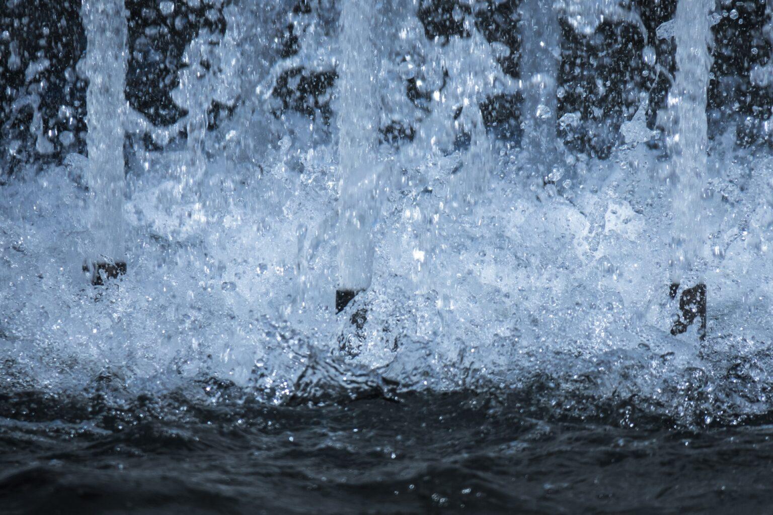 giochi d'acqua in piscine, bio fontane