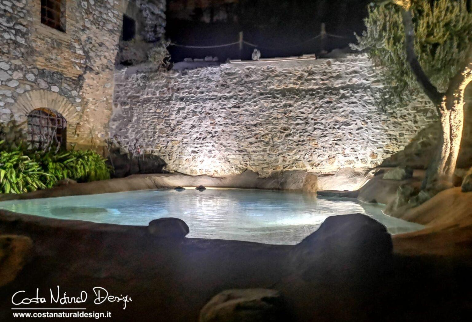 piscina ecocompatibile con illuminazione ad immersione