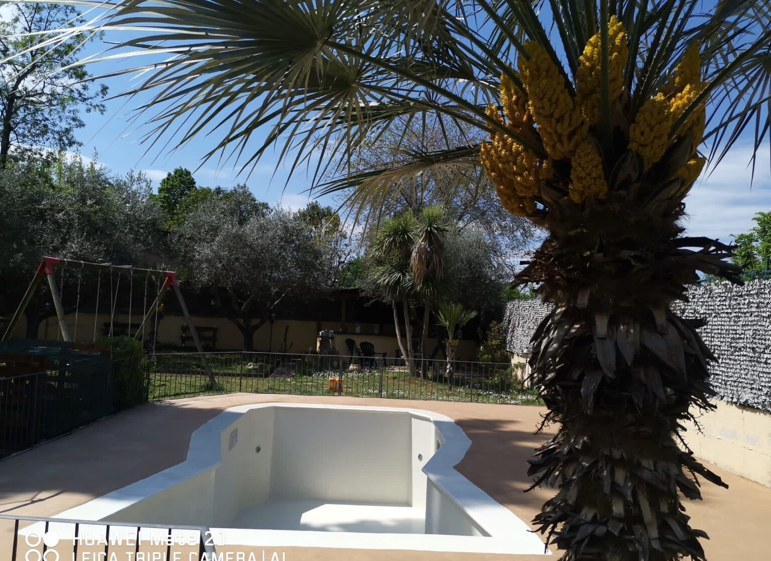lavori per il ripristino vecchia piscina